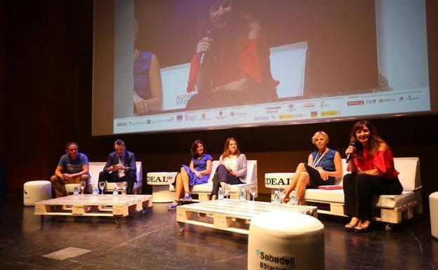 Tractores del emprendimiento en España, 1ª Mesa redonda de Alhambra Venture