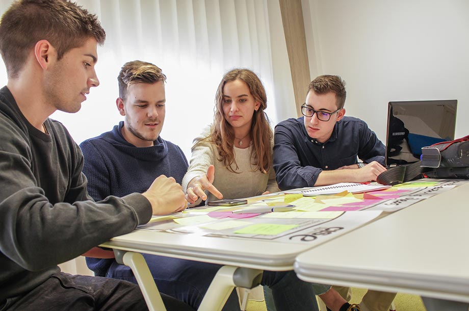 25 proyectos emprendedores participarán en el programa 'Explorer – Jóvenes con ideas'