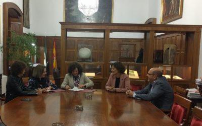 La Universidad de Granada y FAECTA apoyarán el fomento de las iniciativas emprendedoras