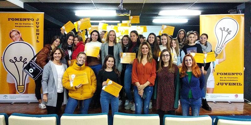 AJE  y el Instituto Andaluz de la Juventud ponen en marcha el proyecto de Fomento de Cultura Emprendedora Juvenil y Nuevas Oportunidades de Negocio en Andalucía