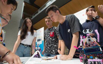 La Fundación Endesa convoca la VII edición de los premios RetoTech en Andalucía para promover la tecnología en colegios